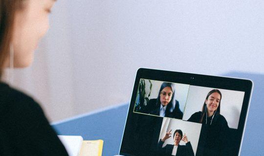 Online overleg met collega's